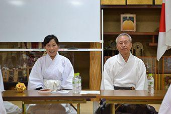 枚岡神社にて あけの舞夏期研修会3